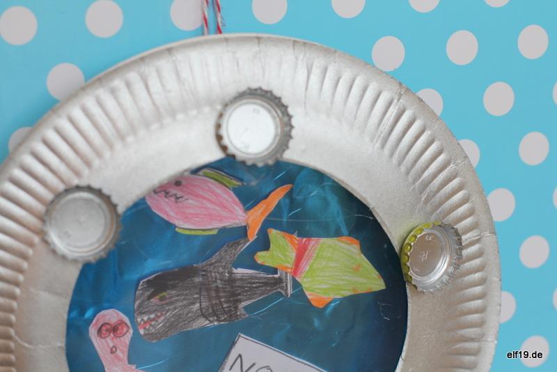 Aquarium aus Papptellern